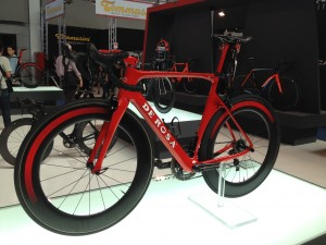 De Rosa bike - not a women's specific bike but the best looking road bike I saw at the show.
