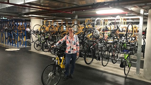 facilities for bike commuters